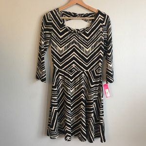New with Tags Xhiliration dress. Size Small